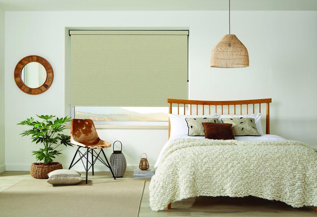 LL_2019_Roller_Herringbone_Oatmeal_70mm_Bed_Main_MAIL